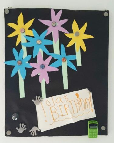 Kwiatki urodzinowe od dzieci